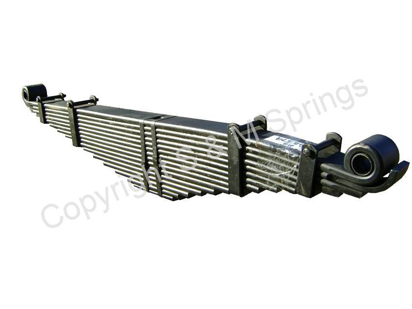 812379 DENNIS Elite 2 820498 Rear Spring – Overslung